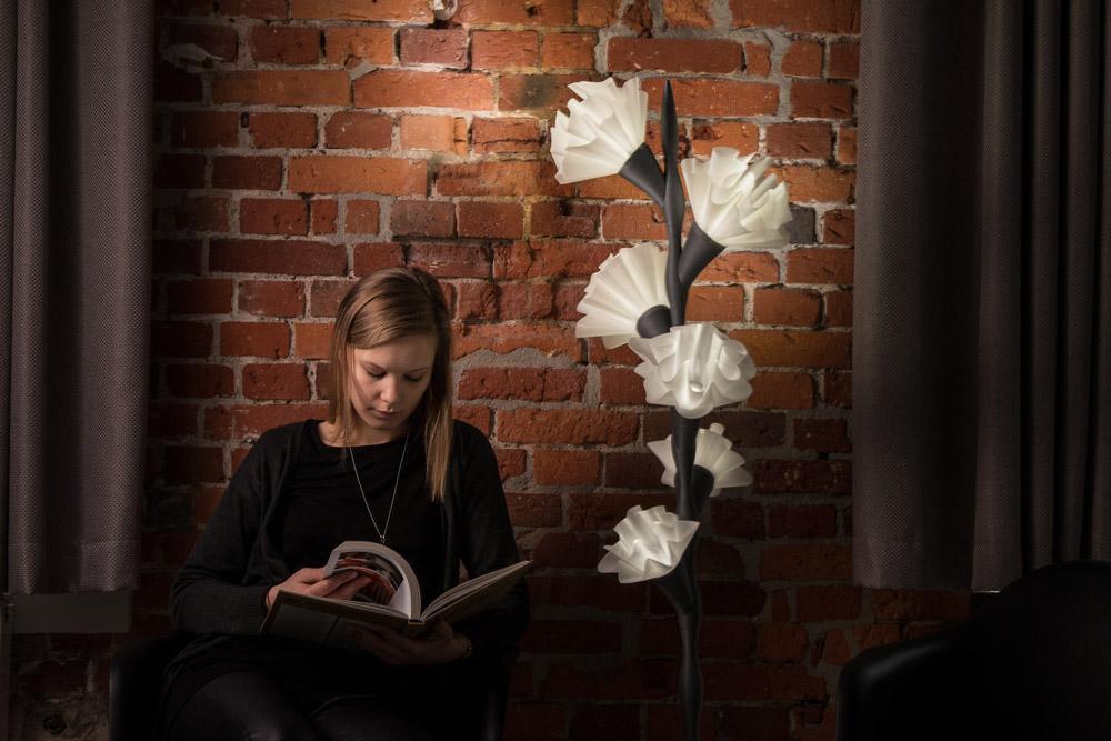 3D printed flower lamps