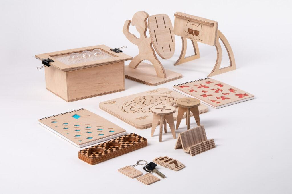 Various plywood samples made on ZMorph All-In-One 3D Printer.