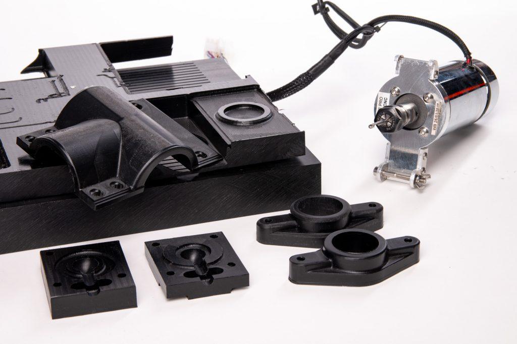 CNC milling in POM with ZMorph VX.